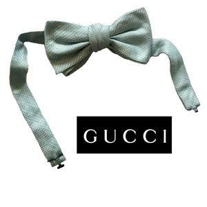 GUCCI • Men's Self Tie Bow Tie in Mint Green